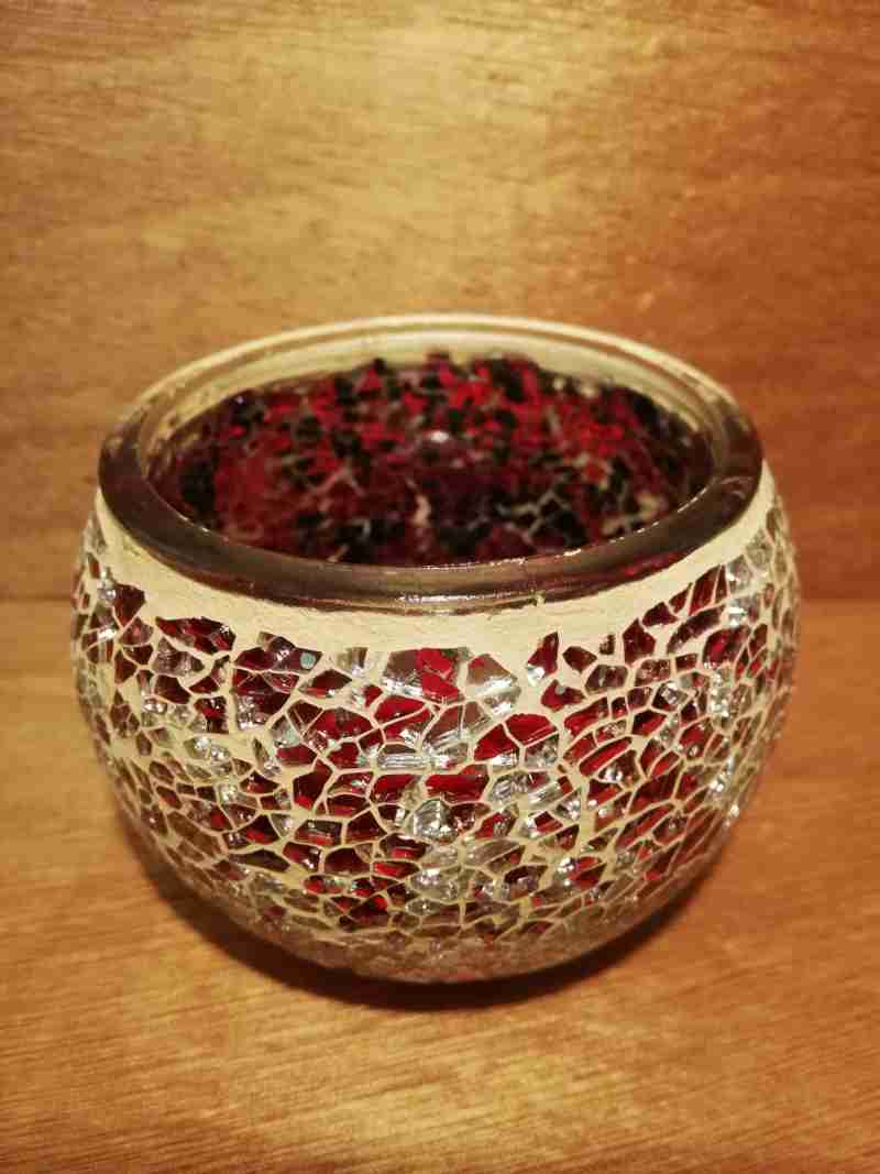 TEALIGHT CANDLE HOLDER RED